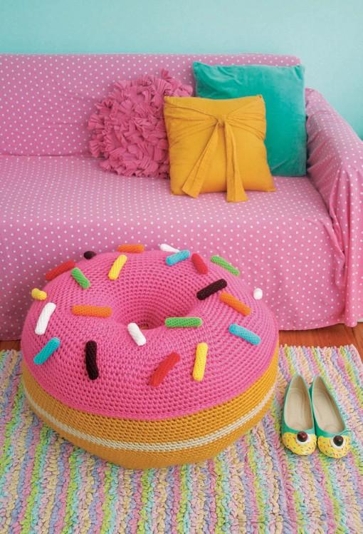 Crocheted Abode a la Mode: donutpouf